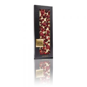 ChocoMe white chocolate, Cranberry, Freeze-dried sour cherry pieces, Freeze-dried raspberry whole