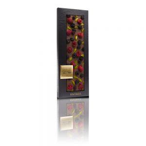 ChocoMe 41% milk chocolate, Pistachio from Bronte, Freeze-dried blackberry, Freeze-dried raspberry whole